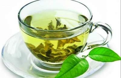 Yaşıl çay içmək ziyandır – HƏKİMLƏR