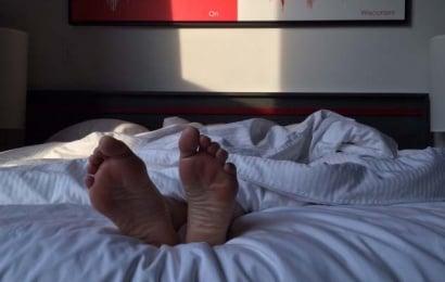Evli sevgilisi ilə sevişən kişi viaqranın dozasına görə öldü